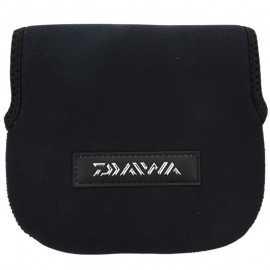 3660393231824-Daiwa Funda carrete 1500/2500 16x15 cm Negro / DF1005S