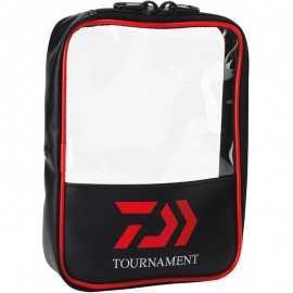 3660393257299-Daiwa Carpeta Accesorios Tournament Surf Negro / Rojo 25x20x